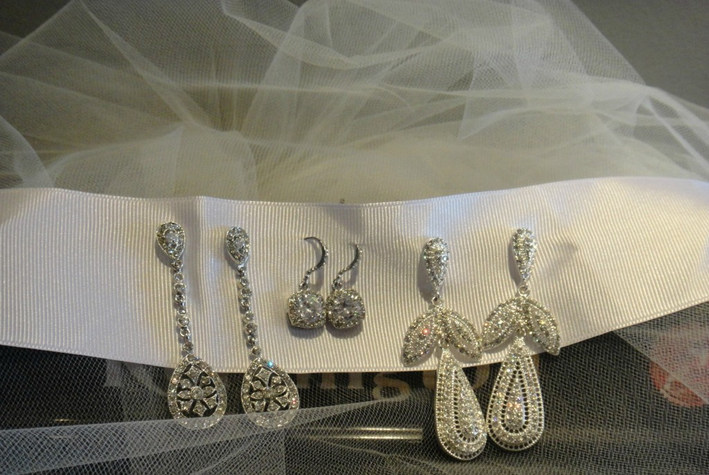 Find your wedding jewelry at Ready or Knot!