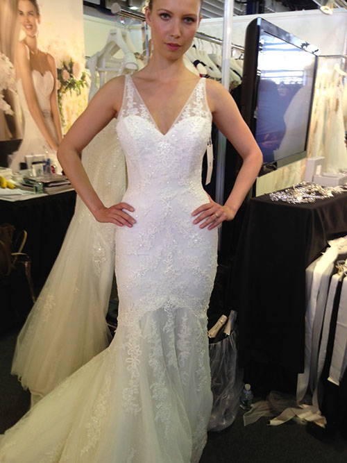 La Sposa wedding dress, bridal market