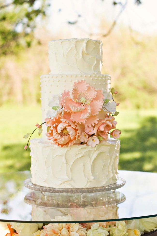 Wedding Cakes {Pinterest Picks} | Ready or Knot | Omaha Bridal Shop